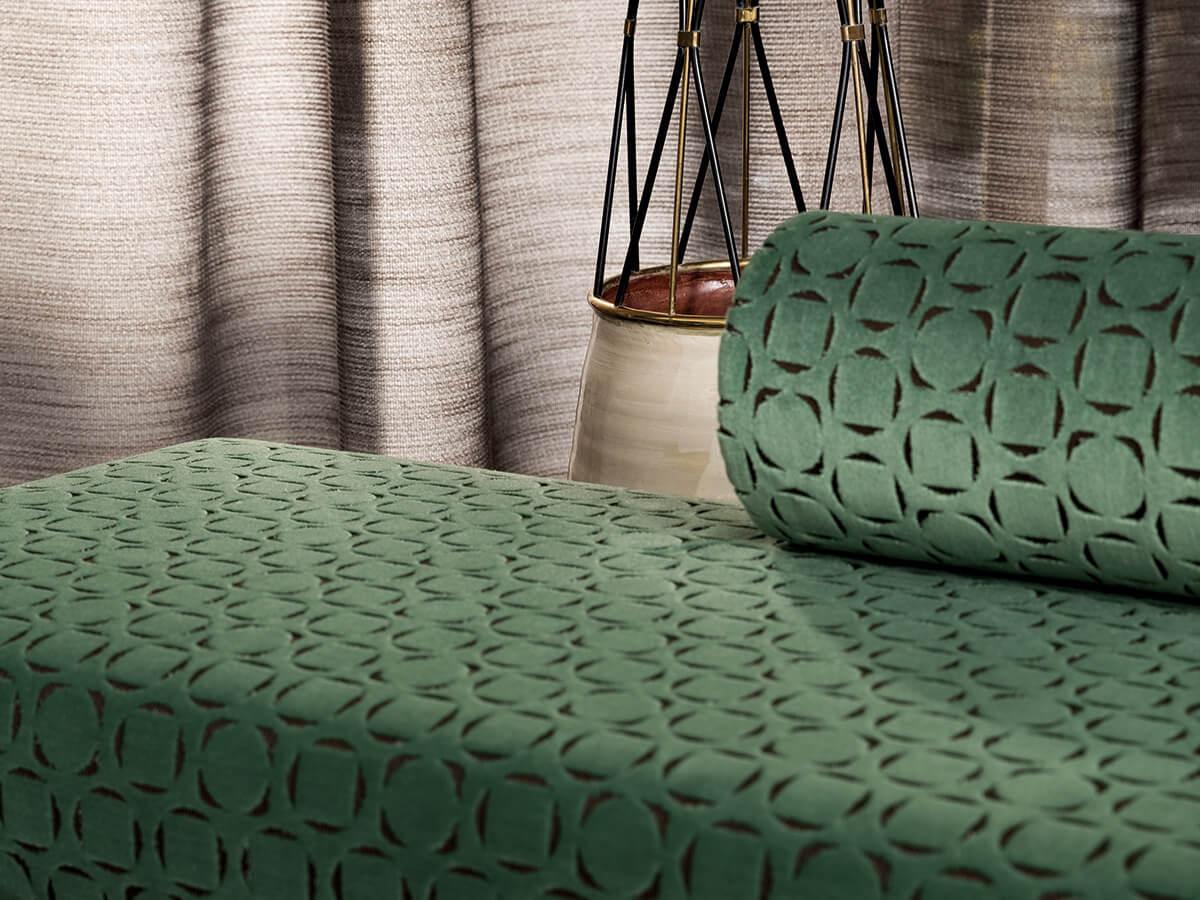 Tessuti per imbottiti divani. Zefiro Interiors, i Professionisti nell'arredamento, decorazione e progettazione d'interni Firenze e Toscana.